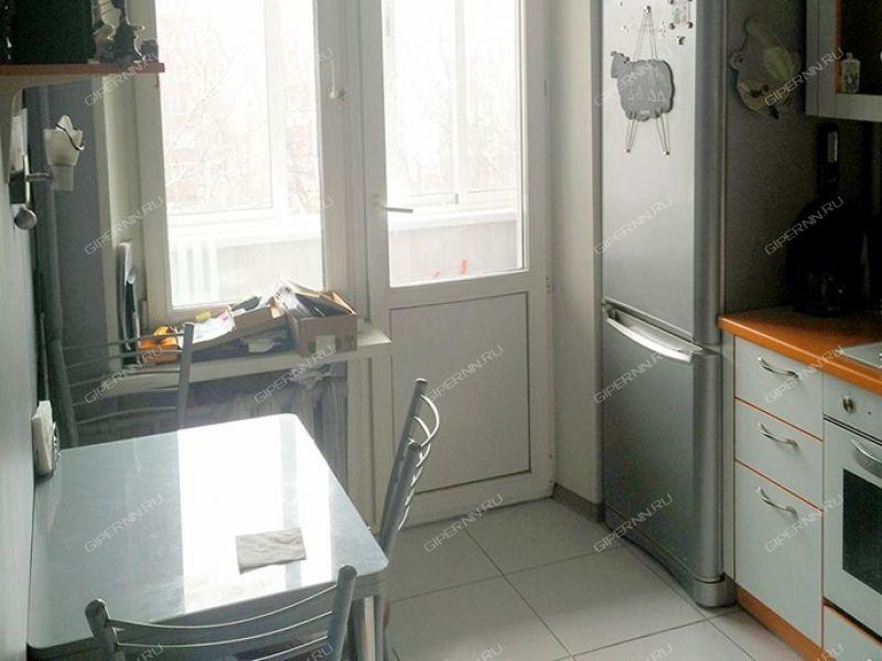 однокомнатная квартира на улице Германа Лопатина дом 3