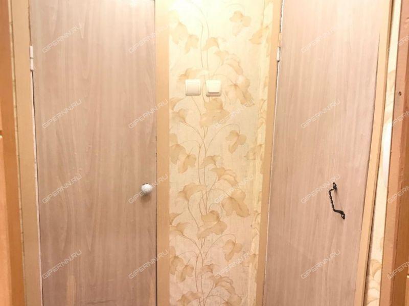 однокомнатная квартира на бульваре 60-летия Октября дом 4