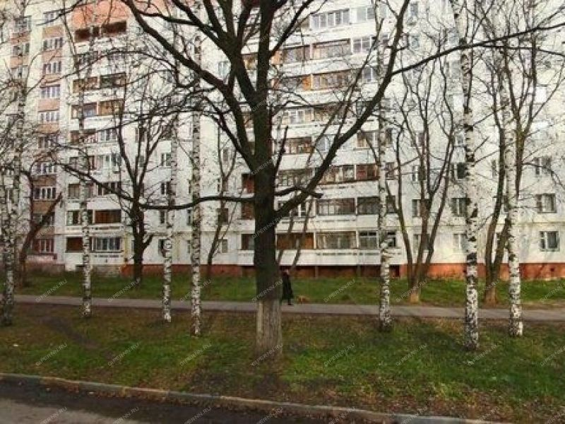 трёхкомнатная квартира на улице Адмирала Нахимова дом 10