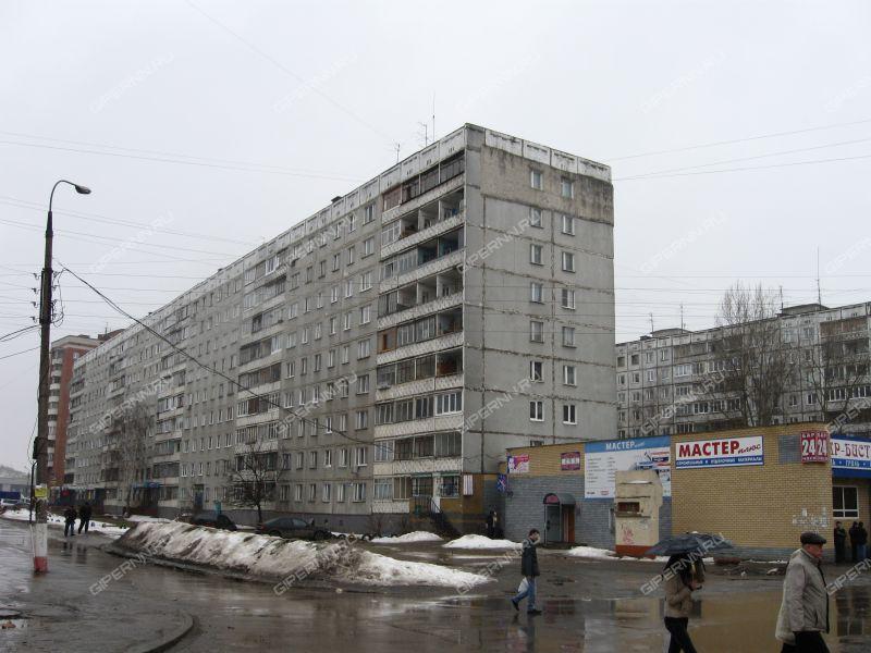 четырёхкомнатная квартира на улице Политбойцов дом 12