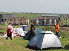 Палаточный городок дольщиков ЖК «Новинки Smart City»: пан или пропал